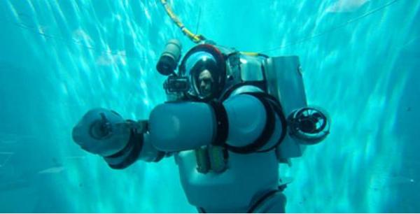 Exotraje (exo-traje robótico con un operario humano en su interior) desarrollado por Nuytco research. (Foto: Museo Americano de Historia Natural)