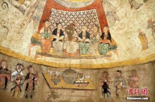 Pinturas en un sepulcro de la dinastía Yuan, con bellas escenas que alaban la Piedad Filial, una de las virtudes tradicionales del confucionismo (Foto: Chinanews.com)