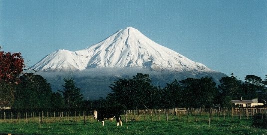 El furioso Monte Taranaki, en Nueva Zelanda