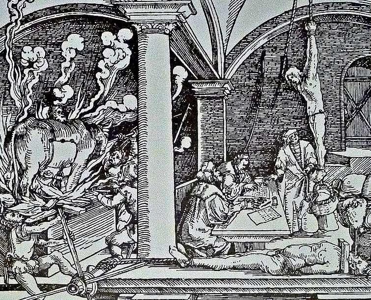 Grabado, probablemente del siglo XVI, que muestra diversos procedimientos de tortura en un castillo de la actual Eslovaquia. Al fondo y en primer plano, respectivamente, los tres tormentos a los que recurría la Inquisición Española: la garrucha (junto al torturado el tribunal y el escribano que anotan todo lo que dice) y en primer plano, un hombre yacente sobre el potro, cuyo torno está siendo accionado por el verdugo, mientras que también es torturado mediante el tormento del agua o toca. (Wikimedia Commons)