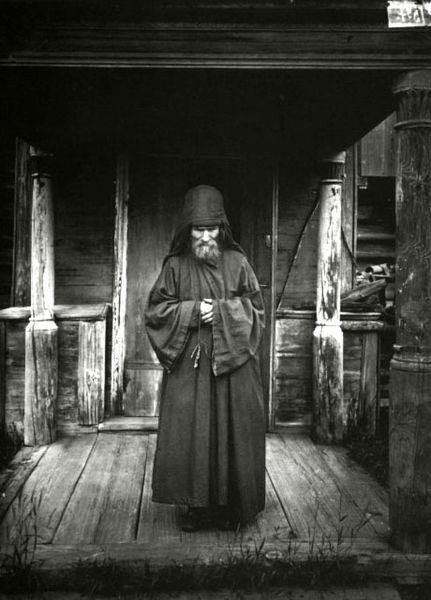 Religion-Riquezas-Monje-Asceta-Ruso-1897