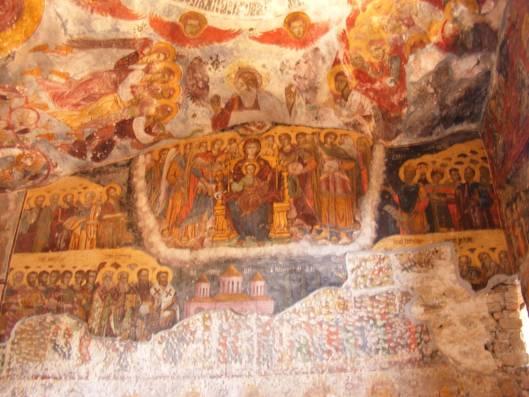 Los impresionantes frescos del interior del Monasterio de Sumela (Wikimedia Commons)