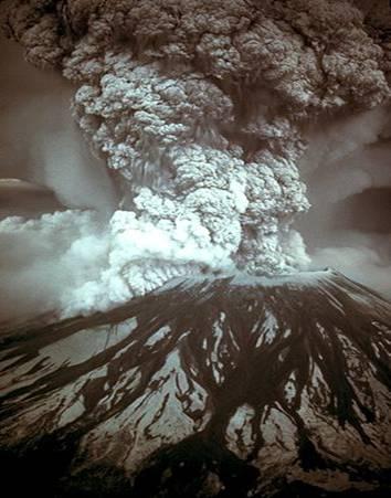 El Monte Santa Helena entró en erupción el 18 de Mayo de 1980, a las 8:32 AM