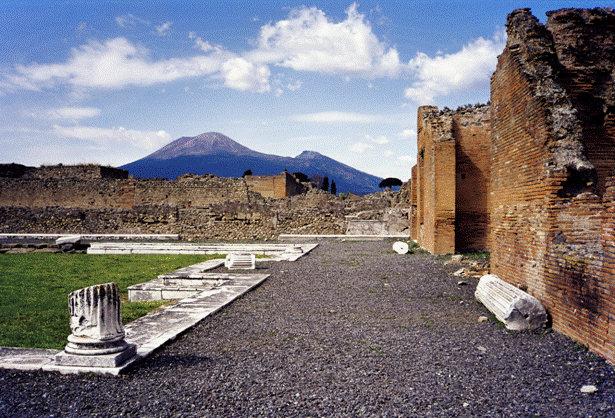 El Vesubio visto desde Pompeya