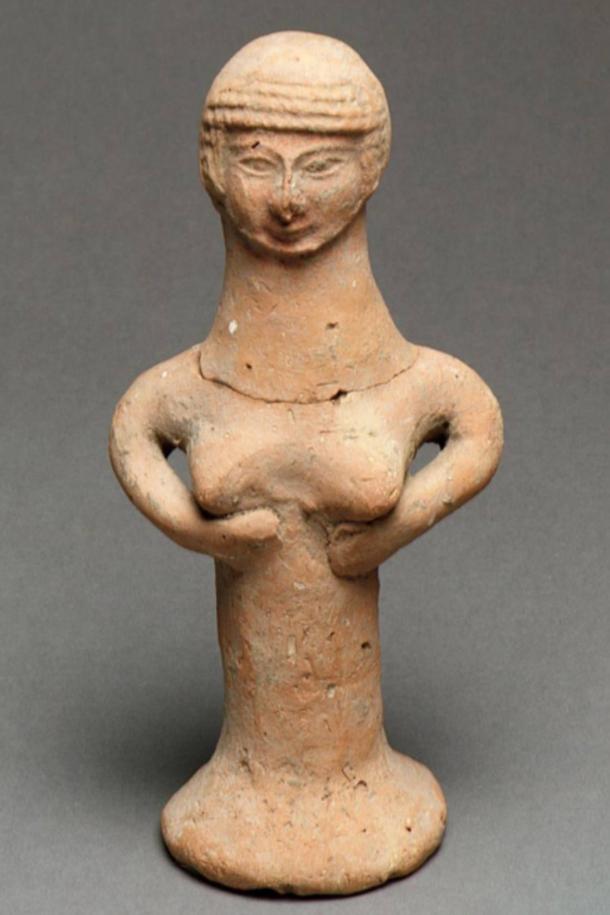 Figura de cerámica israelita de una mujer desnuda, identificada como un pilar de Asera. (El Met)