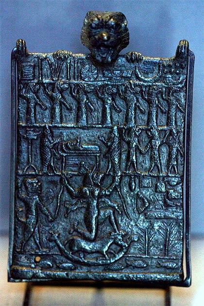 Demonio mesopotámico Lamashtu que a menudo se entrelazaba en antiguas canciones de cuna mesopotámicas para asustar a los niños. (Dominio público)