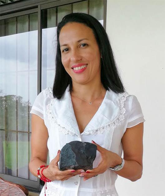 Marcia Campos Muñoz se abstuvo de vender su trozo de meteorito más grande, incluso cuando su valor superó al del oro. (Andrea Solano Benavides / AAAS)
