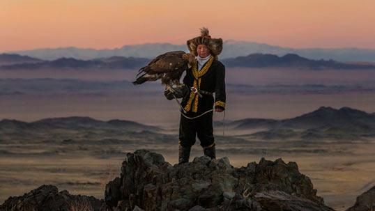 mongolia-ashol-pan-eagle.jpg