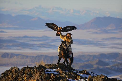mongolia-eagle-arms-trainer.jpg