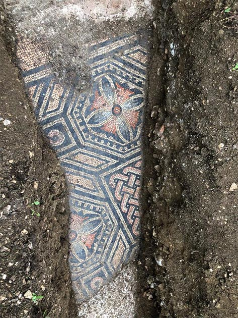 El mosaico se encontró en perfecto estado. (Imagen: Comune di Negrar di Valpolicella)