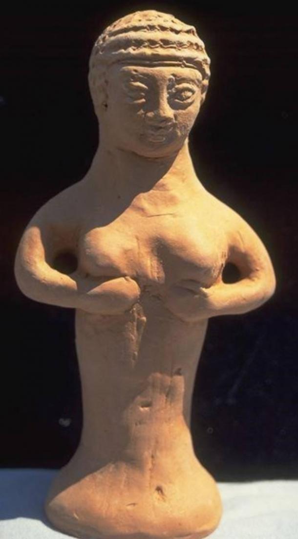 Una pequeña estatua votiva de la Diosa Madre de Asera. (Reina del cielo)