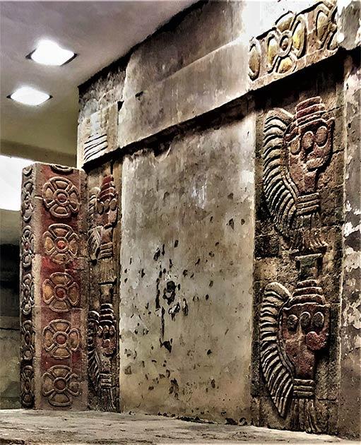Los minerales en murales mesoamericanos nunca antes vistos de cinabrio y hematita encontrados en este antiguo mural de Teotihuacan. Los rojos distintivos en el lado izquierdo de esta imagen son especialmente notables. Fuente: Denisse Argote Espino / INAH