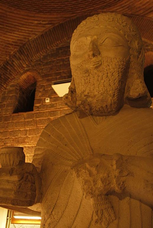 Estatua del rey Neo-hitita Tarhunza (Aslantepe). (CC BY-SA 3.0)