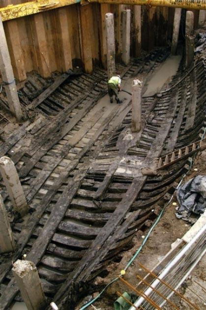 El barco medieval de Newport está siendo excavado y restaurado. (Amigos del barco de Newport)