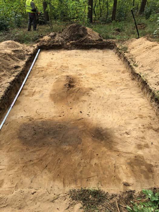 Los arqueólogos polacos descubrieron los entierros utilizando un detector de metales. (Asociación Histórica y Cultural de Tempelburg y Museo de la Fortaleza de Kostrzyn)