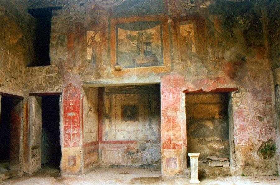Frescos de una de las villas Romanas de Pompeya (Foto: Canadacow/Wikimedia Commons)