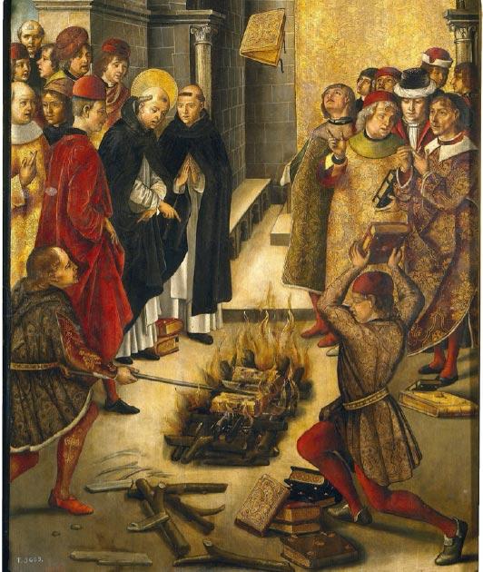 Esto retrata la historia de una disputa entre Santo Domingo y los Cátaros en la cual los libros de ambos fueron arrojados al fuego y los libros de Santo Domingo fueron preservados milagrosamente de las llamas. Se creía que esto simbolizaba lo incorrecto de las enseñanzas de los cátaros. (Oursana / Dominio público)