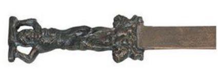 Réplica de hierro fundido de una espada votiva similar a la hallada en Oak Island, Museo de Nápoles (Design Toscano)