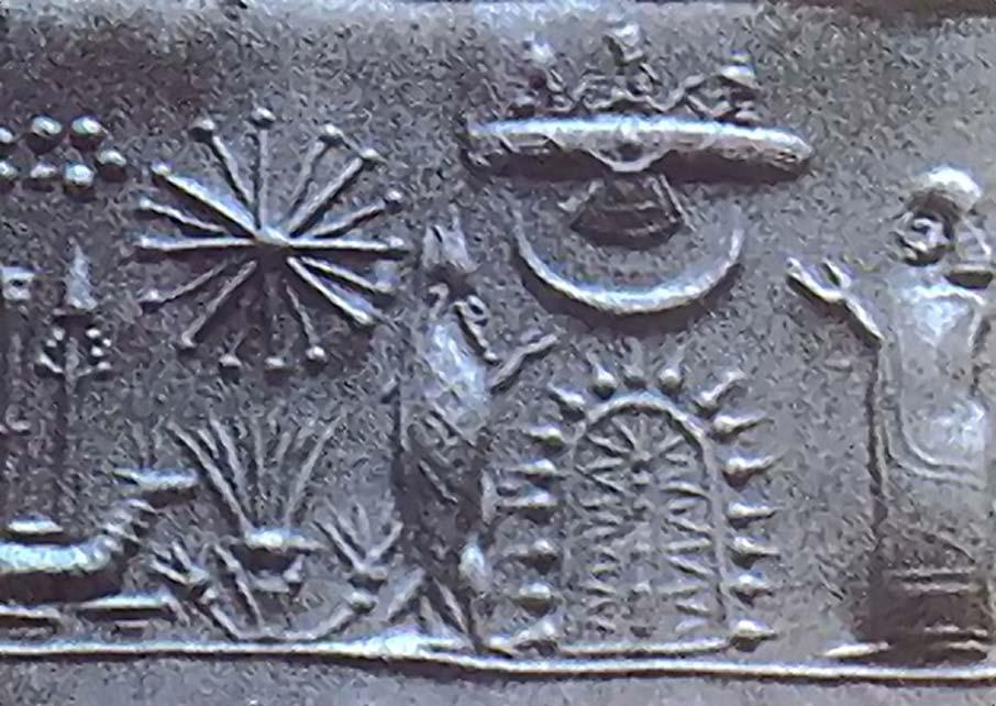 Sello mesopotámico con un devoto y un sabio vestido de pez ante un árbol sagrado estilizado. (Dominio público)