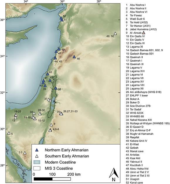 Sitios arqueológicos atribuidos a la unidad tecnocultural de Ahmarian temprano compuesta por los grupos Ahmarian temprano del norte (NEA) y Ahmarian temprano del sur (SEA). Los sitios SEA incluyen la variante regional de Lagaman conocida en el desierto de Negev y en la península del Sinaí. (Richter et al, 2020 / PLOS ONE)
