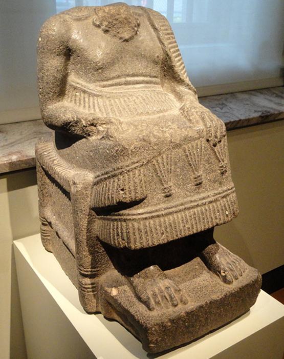 Estatua de gobernante sentado de la antigua Ebla. (Daderot / Dominio Público)