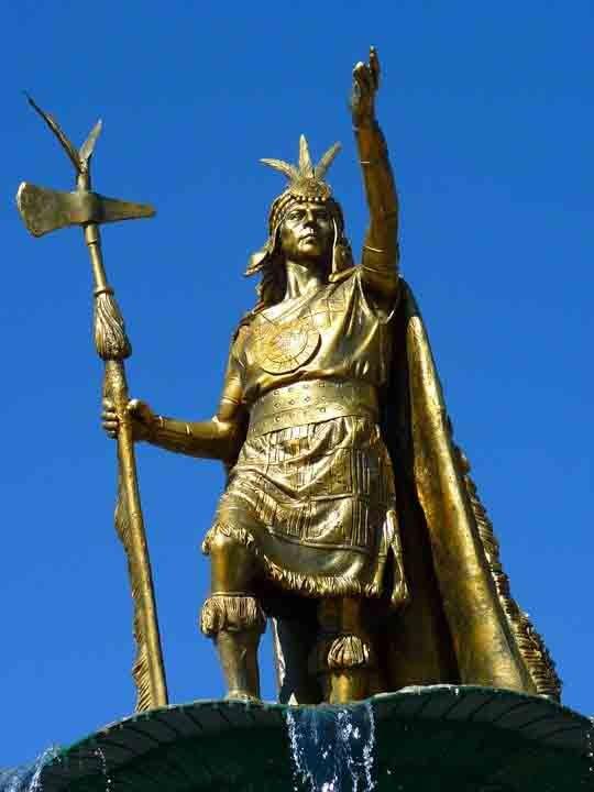 La Estatua de Pachacuti se puede encontrar en la Plaza de Armas de Cusco. (Pixabay)