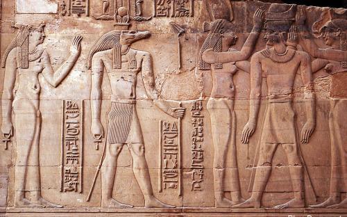 Hathor y Sobek - Representación de pared (por Rhys Davenport)