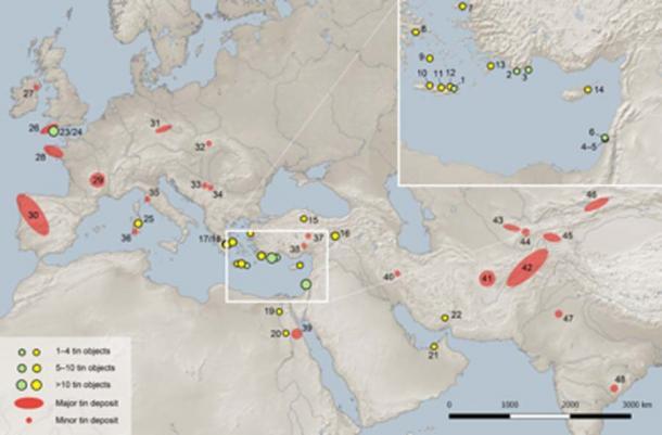 Mapa de Eurasia que muestra la ubicación de los lingotes de estaño mencionados en el estudio (puntos verdes), otros objetos de estaño en el Mediterráneo oriental y el Cercano Oriente antes del 1000 a. C (puntos amarillos) y depósitos de estaño mayores y menores. (PLOS ONE)