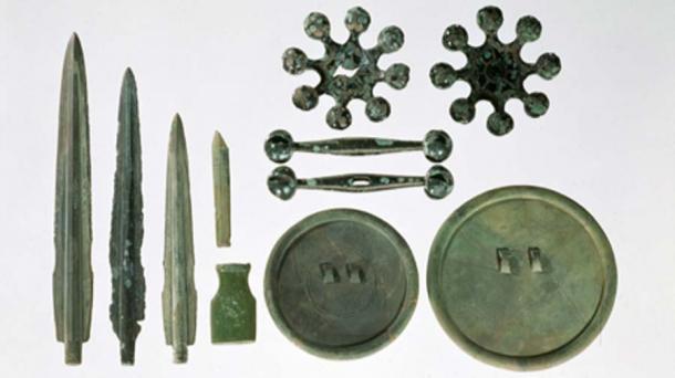 Artefactos de la edad de bronce que el estaño era vital para la producción. (Grampus / Dominio público)