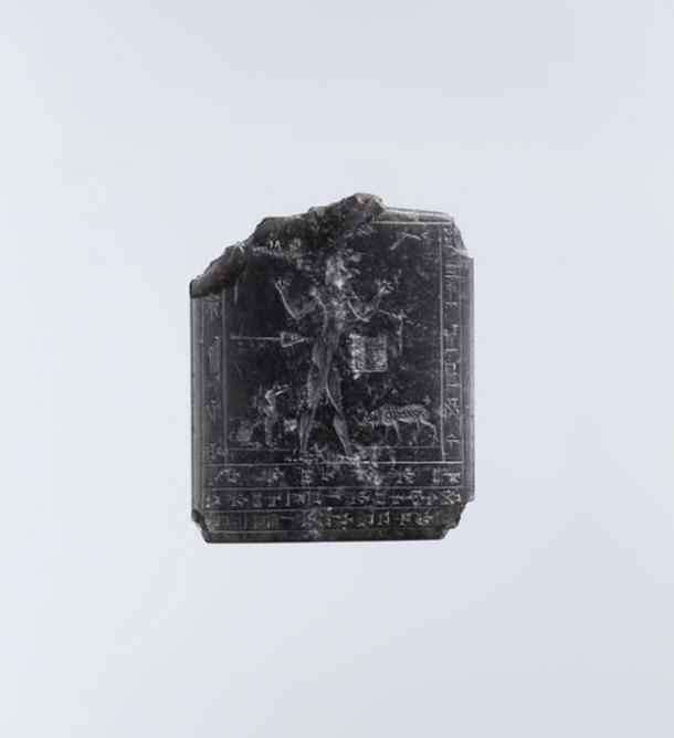 Amuleto con un demonio lamashtu. (Museo Metropolitano de Arte