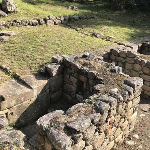 Baños en Chachabamba. (Dominika Sieczkowska, PAP)