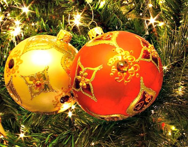 Todos los adornos del abeto navideño encierran un profundo significado simbólico. (Kris de Curtis-CC BY 2.0)