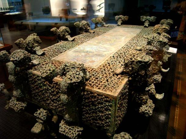 Bronce de la tumba de Chu en el condado de Xichuan. (Greg kf / CC BY-SA 3.0)