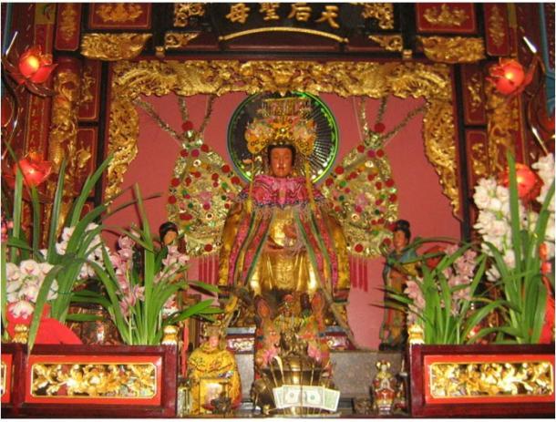 Imagen principal de Matsu o Mazu en Chua Ba Thien Hau (Camau Association of America), Los Angeles, 2006. Foto: Magnus Manske