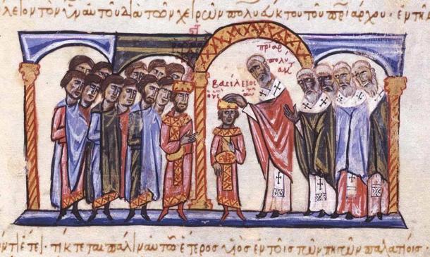 Coronación de Basilio II como Co-Emperador de su Padre Romano II. Foto: Cplakidus, 2012.
