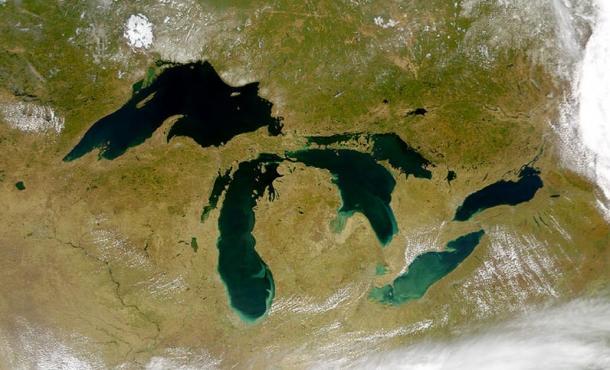 Foto-satelital-de-los-Grandes-Lagos.jpg