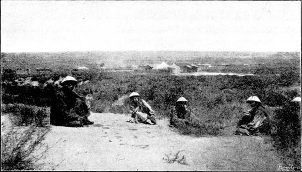 Fotografía de algunos guardianes Darkhad en el mausoleo 1897. (Popolon / Dominio público)