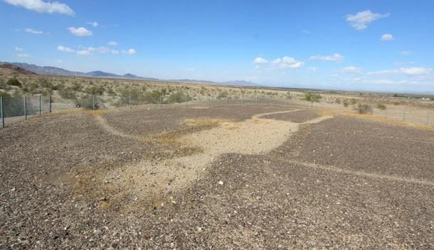 Geoglífo antropomorfo-desierto-Colorado.jpg
