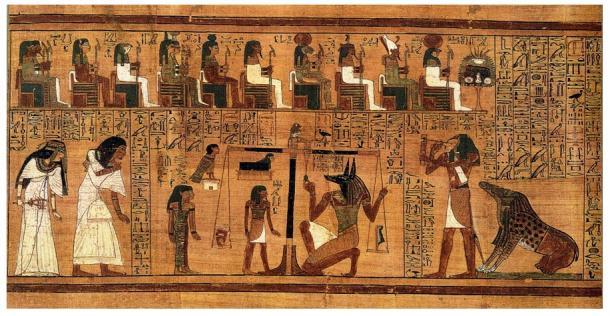 """Extracto de 'El Libro de los Muertos', escrito sobre papiro en el que puede observarse el """"Pesaje del Corazón"""", utilizando la pluma de Ma'at como contrapeso. Obra de artista desconocido alrededor del 1300 a. C."""