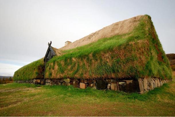 La reconstrucción de la casa comunal vikinga, Islandia