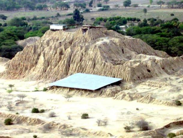 Pirámides en Túcume, una ciudad de Lambayeque (Fotografía de Antonio Velasco