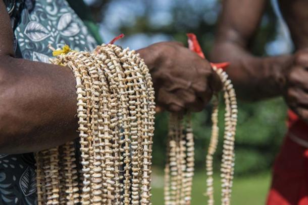 Dinero de cascaras, Papua Nueva Guinea. (Ron van der Stappen / Adobe)