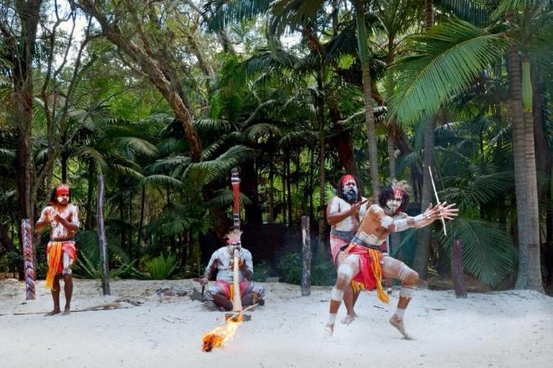 Aborígenes australianos actuando en una feria cultural en Australia. (Rafael Ben-Ari / Adobe stock)