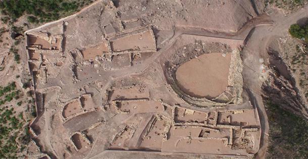Toma aérea del sitio de excavación El Argar La Bastida. (UAB)