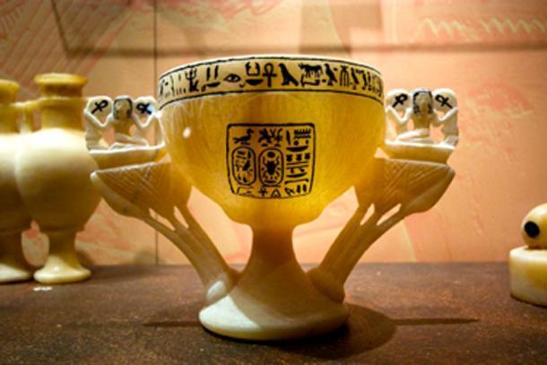 Entre los bienes de la tumba de Tutankamón había un cáliz de alabastro conocido como la Copa de los Deseos. (Ann Wuyts / CC BY-SA 2.0)
