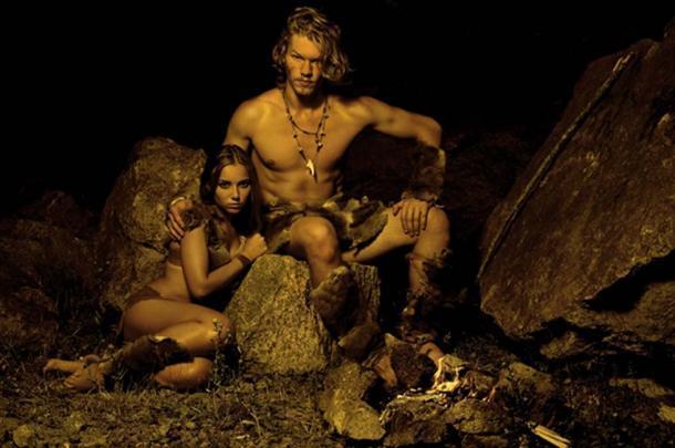 La evidencia apunta al hecho de que los humanos antiguos y los neandertales eran amantes y no luchadores. (alexmina / adobe)