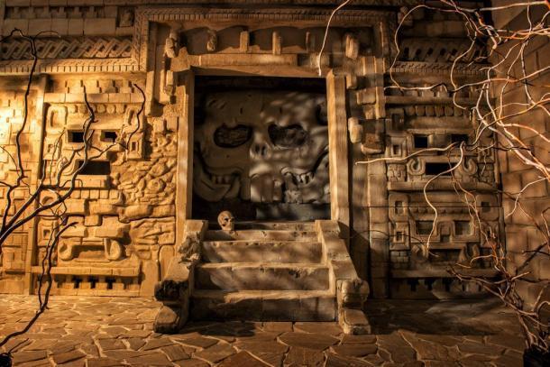 Un templo antiguo en luz mística. ¿Se encontrará alguna vez la legendaria ciudad de Aztlán? (Viacheslav Iakobchuk / Adobe Stock)