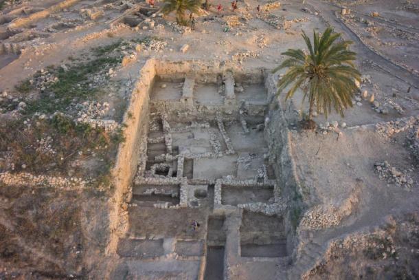 Esta imagen muestra el área del sitio de Tel Megiddo que suministró la mayoría de las muestras para el estudio de ADN. (Imagen: cortesía de Megiddo Expedition / Cell)