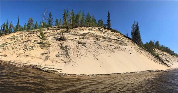 Banco de arena del río Lena donde se encontró a la mujer momificada. Imagen: Elena Solovyeva