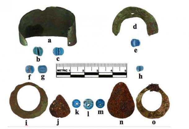Estos artefactos precolombinos encontrados en Alaska son los artículos fabricados en Europa más antiguos jamás descubiertos en América del Norte. (ML Kunz et al. / Antigüedad americana)